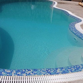 pool with rounded edges